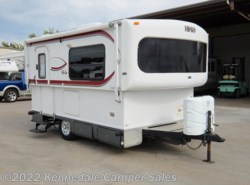 Used 2010  Hi-Lo  1810h 17' by Hi-Lo from Kennedale Camper Sales in Kennedale, TX