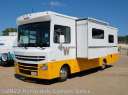 "Used 2015  Winnebago Brave 27B 29'4"" by Winnebago from Kennedale Camper Sales in Kennedale, TX"