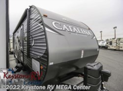 New 2017  Coachmen Catalina 323BHDS CK by Coachmen from Keystone RV MEGA Center in Greencastle, PA