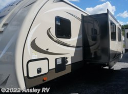 New 2017  CrossRoads Sunset Trail Grand Reserve ST32BH by CrossRoads from Ansley RV in Duncansville, PA