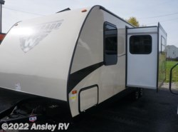 New 2017  Winnebago Minnie 2455BHS by Winnebago from Ansley RV in Duncansville, PA