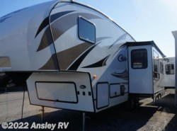 Used 2015  Keystone Cougar XLite 26SAB by Keystone from Ansley RV in Duncansville, PA