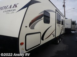 Used 2015 Dutchmen Kodiak Express 264RLSL available in Duncansville, Pennsylvania