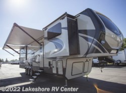 New 2018 Keystone Montana High Country 381TH available in Muskegon, Michigan