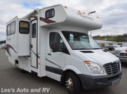Used 2009  Coachmen Freelander  2100C by Coachmen from Lee's Auto and RV Ranch in Ellington, CT