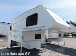 Used 2005  Lance Lance Max 881 by Lance from Lee's Auto and RV Ranch in Ellington, CT