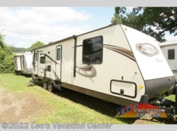 Used 2014  Forest River Surveyor Select SV 303 by Forest River from Leo's Vacation Center in Gambrills, MD