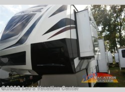 Used 2015  Dutchmen Voltage V3895
