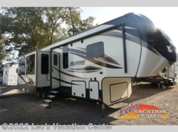 New 2017  Keystone Alpine 3900RE by Keystone from Leo's Vacation Center in Gambrills, MD