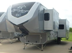 New 2017  Open Range Open Range - 3X 427BHS by Open Range from McClain's RV Fort Worth in Fort Worth, TX