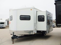 Used 2008  Keystone  KEYSTONE VR-1 305FKS by Keystone from McClain's RV Fort Worth in Fort Worth, TX