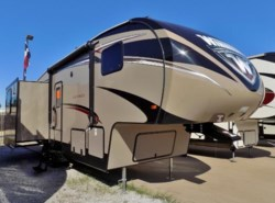 New 2017  Winnebago Voyage 28SGS by Winnebago from McClain's RV Superstore in Corinth, TX