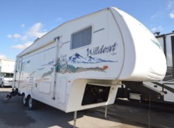Used 2005  Forest River Wildcat 27RL by Forest River from McClain's RV Oklahoma City in Oklahoma City, OK