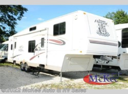 Used 2004  Fleetwood Prowler 365FLTS by Fleetwood from McKee Auto & RV Sales in Perry, IA