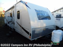 Used 2013  Heartland RV North Trail  Library - 31QBSS by Heartland RV from Campers Inn RV in Hatfield, PA