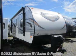 Used 2017  Forest River Salem T27DBUD by Forest River from Mekkelsen RV Sales & Rentals in East Montpelier, VT