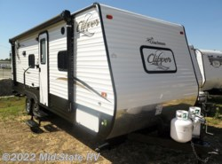 Used 2017  Coachmen Clipper 21BH by Coachmen from Mid-State RV Center in Byron, GA