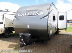 New 2017  Coachmen Catalina 283RKS by Coachmen from Mid-State RV Center in Byron, GA
