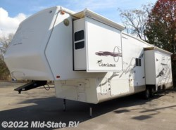 Used 2004  Coachmen Somerset 370RLS by Coachmen from Mid-State RV Center in Byron, GA
