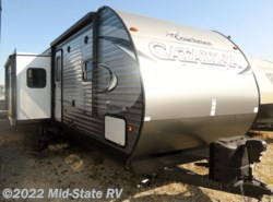 New 2017  Coachmen Catalina Legacy Edition 333BHTSCK by Coachmen from Mid-State RV Center in Byron, GA