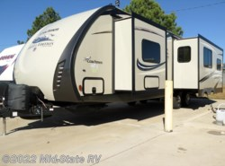 Used 2015  Coachmen Freedom Express 297RLDS by Coachmen from Mid-State RV Center in Byron, GA
