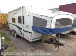 Used 2005  R-Vision Trail-Lite BANTAM B-19 by R-Vision from Art's RV Sales & Service in Glen Ellyn, IL