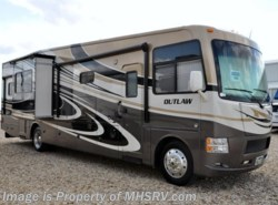 Used 2014  Thor Motor Coach Outlaw 37MD by Thor Motor Coach from Motor Home Specialist in Alvarado, TX