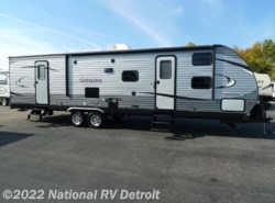 New 2017  Coachmen Catalina Legacy Edition 343TBDS by Coachmen from National RV Detroit in Belleville, MI