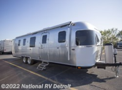 New 2018 Airstream  Airstream Classic 33 available in Belleville, Michigan