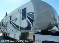 New 2017  Northwood Arctic Fox 32-5M Silver Fox Edition by Northwood from Norm's RV, Inc. in Poway, CA