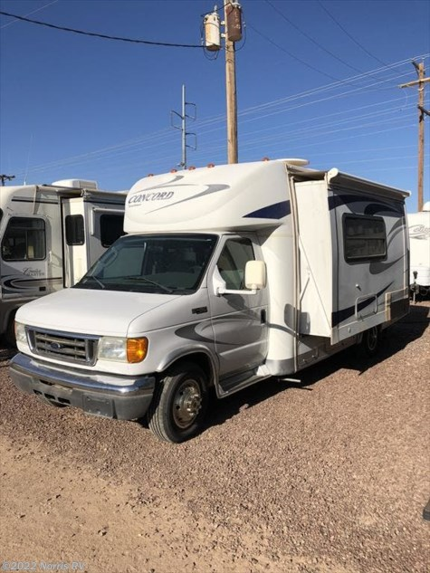 2005 Coachmen Concord 235SO