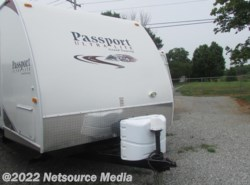 Used 2011  Keystone Passport Ultra Lite Grand Touring 2850 RL by Keystone from Northgate RV Center in Louisville, TN