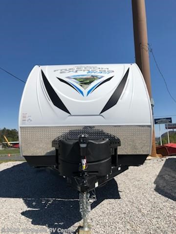 2019 Coachmen Freedom Express Blast 271BL