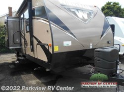 New 2016  Winnebago Ultralite 27RBDS by Winnebago from Parkview RV Center in Smyrna, DE