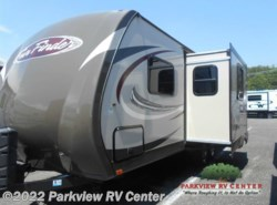 Used 2014  Cruiser RV Fun Finder F-242BDS by Cruiser RV from Parkview RV Center in Smyrna, DE