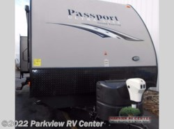 Used 2015  Keystone Passport 3220BH Grand Touring by Keystone from Parkview RV Center in Smyrna, DE