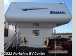Used 2006  Lance Lance Lite 1055 by Lance from Parkview RV Center in Smyrna, DE