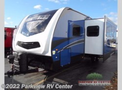 New 2017  Winnebago Minnie Plus 27BHSS by Winnebago from Parkview RV Center in Smyrna, DE
