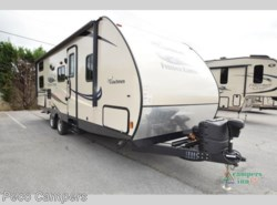 Used 2015  Coachmen Freedom Express 257bhs by Coachmen from Campers Inn RV in Tucker, GA