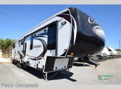 Used 2017  Palomino Columbus F385BH by Palomino from Campers Inn RV in Tucker, GA