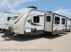 Used 2016  CrossRoads Hill Country 32BH by CrossRoads from PPL Motor Homes in Houston, TX