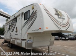 Used 2009  Fleetwood Prowler 235RLS by Fleetwood from PPL Motor Homes in Houston, TX