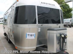 Used 2011  Airstream Flying Cloud 23FB by Airstream from PPL Motor Homes in Houston, TX