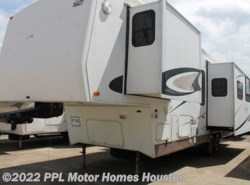 Used 2003  Carriage  Lxi 32RIK3 by Carriage from PPL Motor Homes in Houston, TX