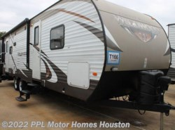 Used 2015  Forest River Wildwood 27RLSS by Forest River from PPL Motor Homes in Houston, TX