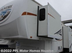 Used 2009  Heartland RV Big Country 3500RL by Heartland RV from PPL Motor Homes in Houston, TX