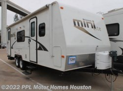 Used 2013  Forest River Rockwood Ultra Lite 2503S by Forest River from PPL Motor Homes in Houston, TX