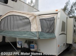 Used 2001  Jayco Kiwi 23B by Jayco from PPL Motor Homes in Houston, TX