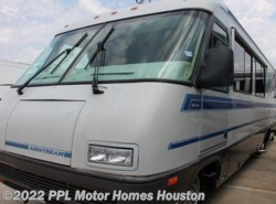 Used 1993  Airstream Land Yacht 33 by Airstream from PPL Motor Homes in Houston, TX