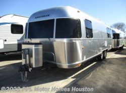 Used 2014  Airstream Flying Cloud 27FB by Airstream from PPL Motor Homes in Houston, TX